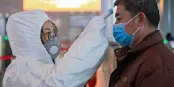 Coronavirus: ecco i consigli degli esperti per evitare il contagio.