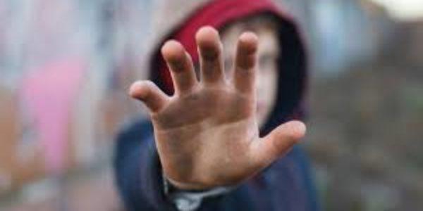 Bambini orfani: un'infanzia violata e rapita troppo in fretta. Panoramica nel mondo