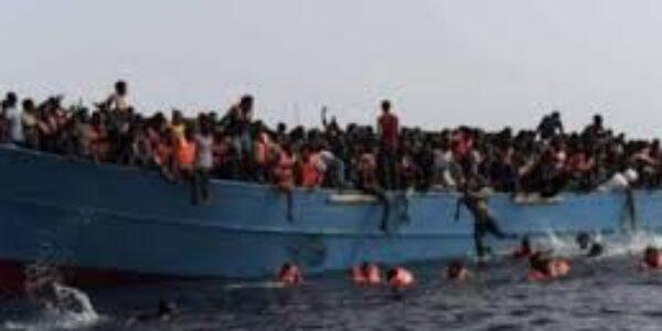 Immigrati/ Il barcone della speranza e l'odio verso l'africano