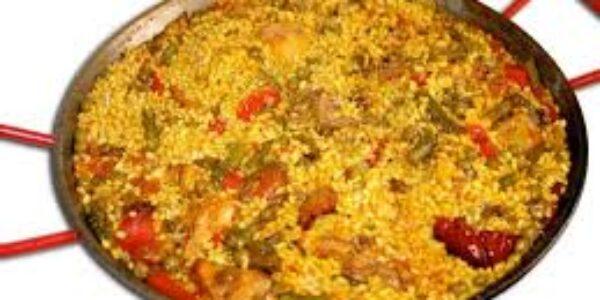 Gastronomia/Paella valenciana: il piatto forte di Valencia