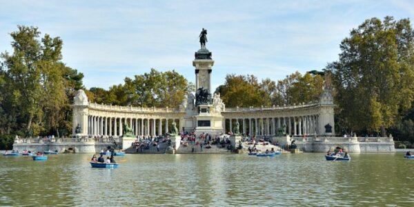 Erasmus/Madrid: l'atmosfera del Parco del Retiro