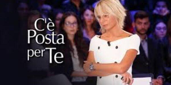 """Spettacolo/Tv: emozioni forti con """"C'è posta per te"""" di Maria De Filippi"""