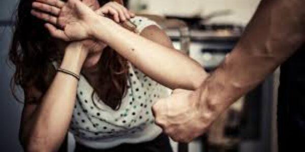 Femminicidio/Fiuggi: dopo anni di violenze denuncia il marito