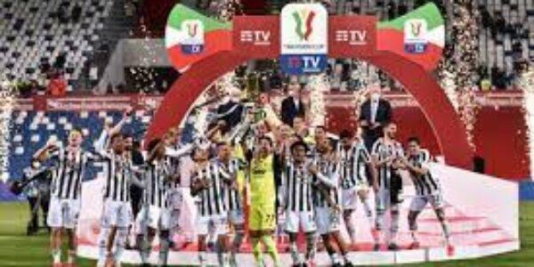 Calcio/Coppa Italia: la Juve sa ancora vincere la coppa (juventus-Atalanta 2-1)